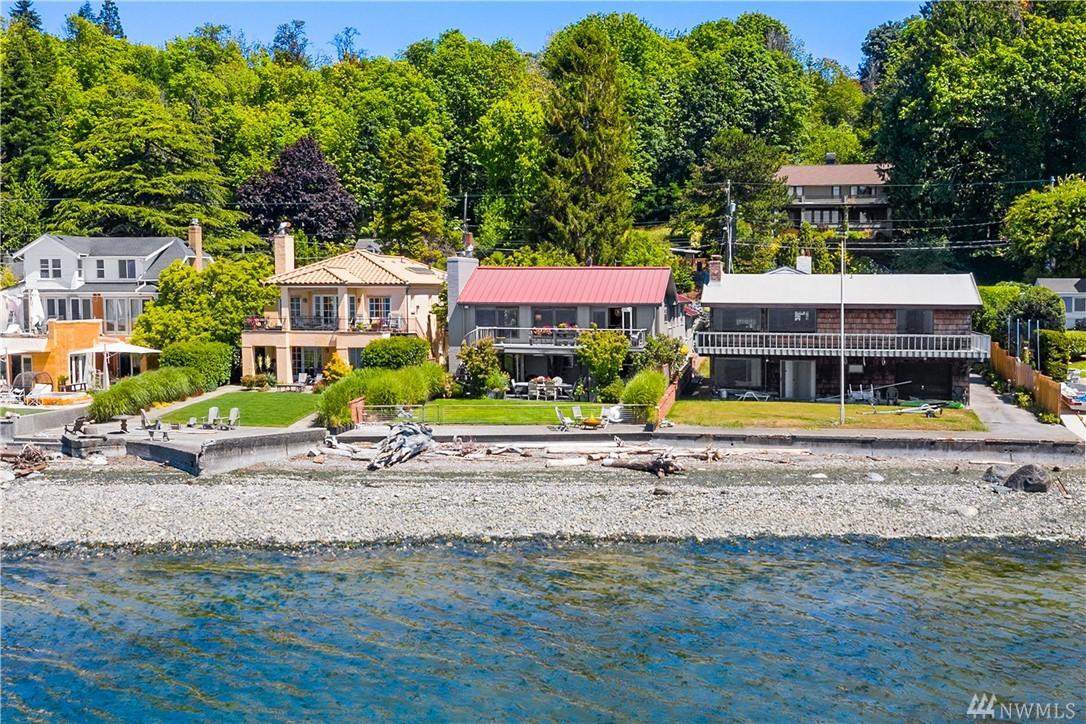 5469 Beach Dr SW, Seattle, WA 98136